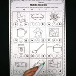 Middle Sounds Worksheets   Playdough To Plato | Free Printable Phoneme Segmentation Worksheets